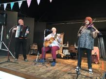 The Big Ian Petrie Band, Barn Dance